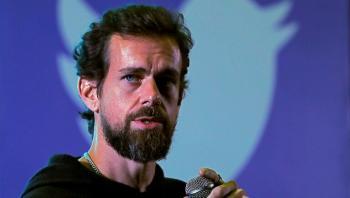 مؤسس تويتر يحذر من أزمة ستغير كل شيء