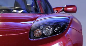وزير مصري يكشف موعد إنتاج السيارات الكهربائية في مصر