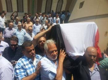 محفوظ عبد الرحمن إلى مثواه الأخير