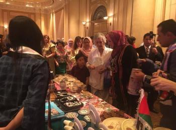 السفير المساعدة يشارك الاردنيين في ماليزيا في مهرجان SOHOM