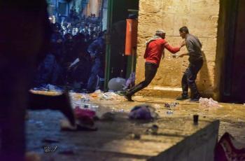 مواجهات الأقصى ..  205 اصابات واعتقالات ومنع الاسعاف من الوصول