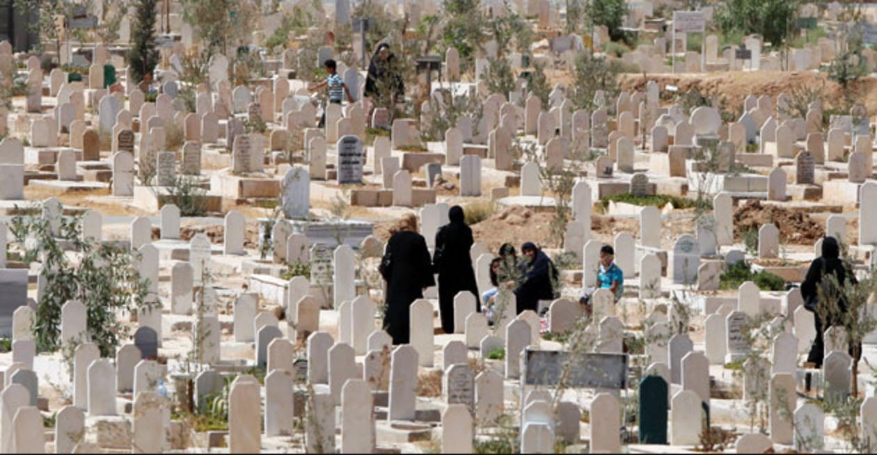 الملقي يوافق على توسعة مقبرة سحاب بـ 15 دونماً جديداً