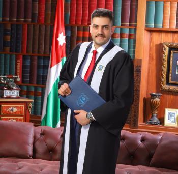 يزيد القطشيات مبارك التخرج