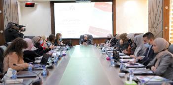 الوزيرة السابقة غنيمات: الإعلام لا ينصف النساء