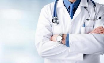 أطباء يعملون منذ سنوات في مستشفى الأمير حمزة بدون راتب