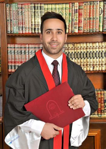 د. عمار الحراحشة مبارك التخرج