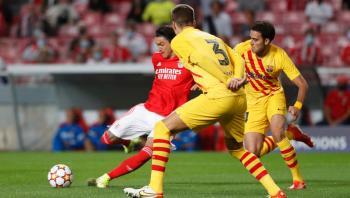 برشلونة يواجه خطر الخروج المبكر من دوري الأبطال