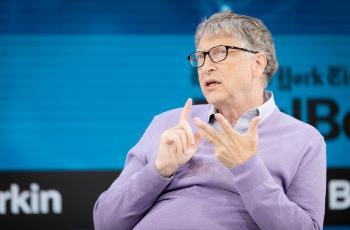 بيل غيتس يكشف سبب تفضيله أجهزة أندرويد على أجهزة آبل
