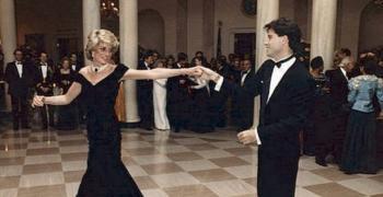 جون ترافولتا يستعيد ذكريات رقصته مع الأميرة ديانا في البيت الأبيض