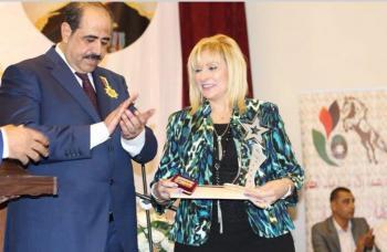 منح السفيرة سلمى الحواتمة لقب فارس العطاء 2017