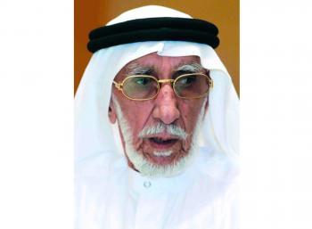 وفاة أحمد محمود المحمود أول سكرتير خاص للشيخ زايد عن عمر 99 عاماً
