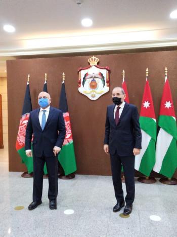 الصفدي يؤكد دعم الأردن للحكومة الأفغانية