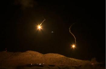 صواريخ من جنوب لبنان واسرائيل ترد بـ20 قذيفة