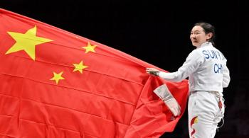 3 ذهبيات للصين في اليوم الأول من الألعاب
