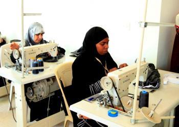 اورانج ترعى مشاركة ستات بيوت في تقديم ورش عمل حرفية للنساء