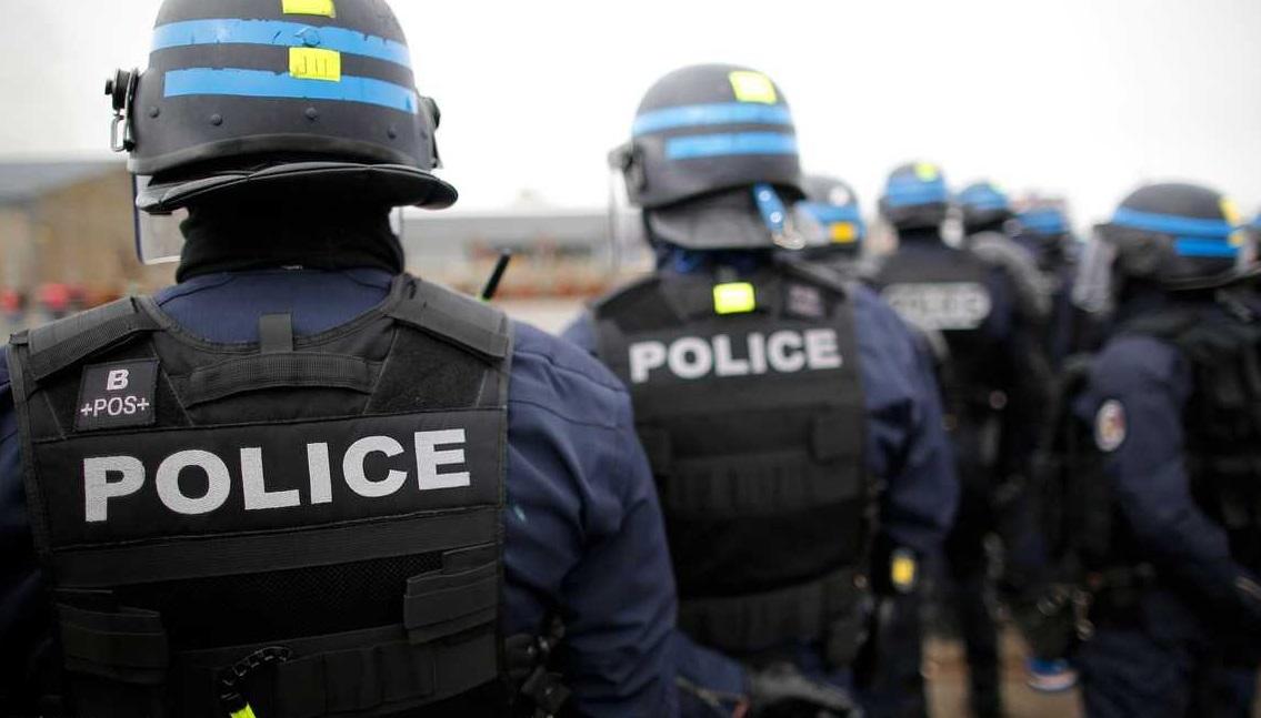 فرنسا ..  اعتقال 10 متشددين من اليمين المتطرف