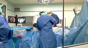بقيادة طبيب أردني ..  استئصال 45 ورماً من رحم ثلاثينية في أبوظبي