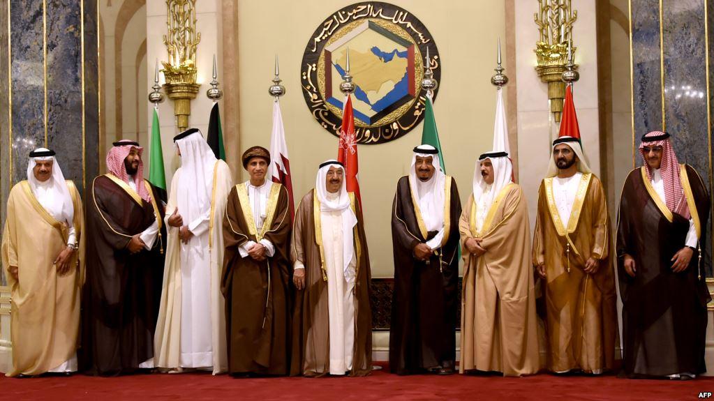 قطر تؤكد تسلمها قائمة المطالب والإمارات مستاءة من المراهقة السياسية