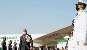 رئيس الوزراء العراقي يعود من واشنطن بـ17 ألف قطعة أثرية