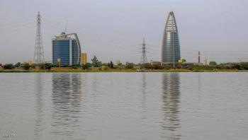 النيل يسجل منسوبا تاريخيا ويغمر أنفاق وجسور الخرطوم