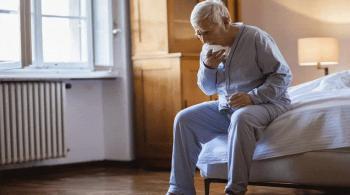 علامات مبكرة للالتهاب الرئوي عند كبار السن