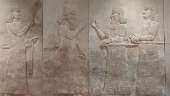 العراق ينجح في استرداد أكبر مجموعة أثرية مهربة