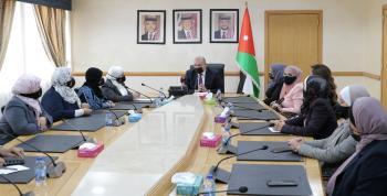 العودات يكرم برلمانيات المجلس بيوم المرأة العالمي