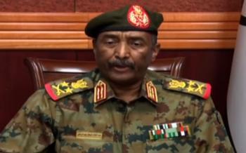 البرهان يعلن حل مجلس السيادة السوداني ومجلس الوزراء وإنهاء تكليف الولاة