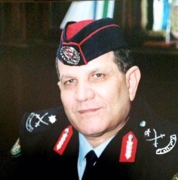 لمثله ترفع القبعات ..  الاستاذ الدكتور صلحي الشحاتيت