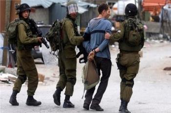الاحتلال يعتقل 11 فلسطينيا بالضفة الغربية والقدس