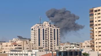 غزة تعلن قصف بارجة ومواقع عسكرية إسرائيلية