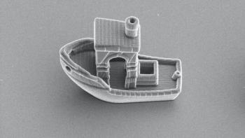 فيزيائيون ينشئون أصغر سفينة على وجه الأرض