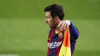 اعلام اسباني: ميسي أبلغ رئيس برشلونة بقراره النهائي حول مستقبله مع النادي
