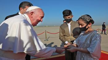 البابا فرنسيس يصل أربيل في ثالث أيام زيارته للعراق