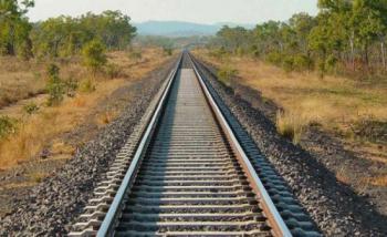 النقل: ماضون بتنفيذ المرحلة الأولى من مشروع السكك الحديدية الوطني