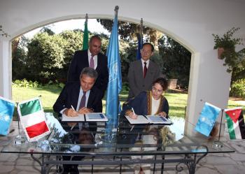 5ر1 مليون يورو من الحكومة الايطالية لدمج اللاجئين العراقيين بالأردن