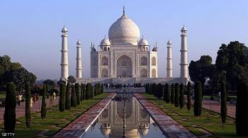 الهند تعيد فتح تاج محل للزوار