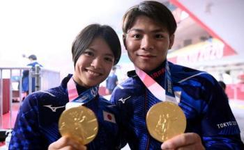 ذهبيتان خلال ساعة ..  إنجاز غير مسبوق لشقيقين في الأولمبياد