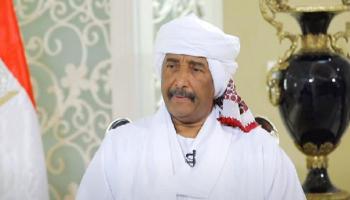 البرهان يشيد بجهود حكومة السودان ويكشف تطورات محاكمة البشير