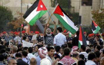 الحكومة للمشاركين بنصرة القضية الفلسطينية: التزموا بالاجراءات الوقائية