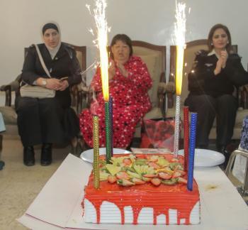 الجمارك تحتفل بعيد الام في مركز الاميرة منى للمسنات