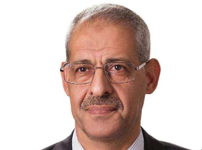 الدكتور علي العبوس
