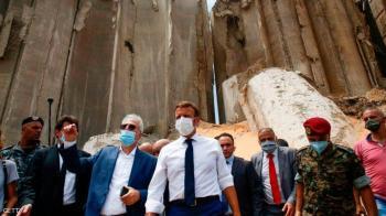 ماكرون يضع خارطة طريق لإصلاح لبنان