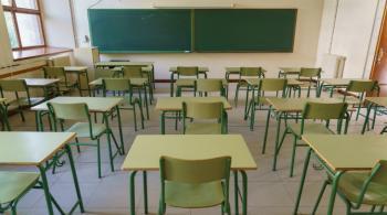تحويل الدراسة عن بُعد في 6 مدارس بالزرقاء