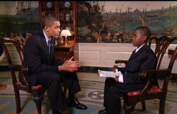 وفاة الطفل المراسل ..  صاحب مقابلة الـ10 دقائق مع أوباما في البيت الأبيض