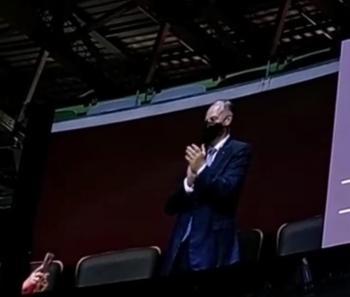 الأمير فيصل يحيي البعثة الأردنية في أولمبياد طوكيو (فيديو)