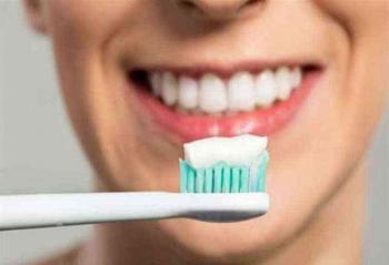 عدم تنظيف الأسنان يزيد خطر الإصابة بسرطان قاتل