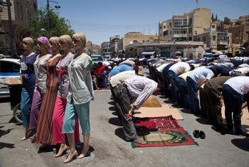 الامانة أسلمت ..  وشوام العاصمة حائرون من أين تؤكل عمان؟