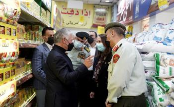 الملك يتفقد أسواق السلام في عمّان (صور، فيديو)