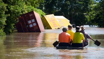 عمليات التنظيف بدأت في أستراليا بعد انحسار مياه الفيضانات